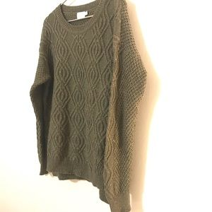 Time and Tru Cableknit Sweater L